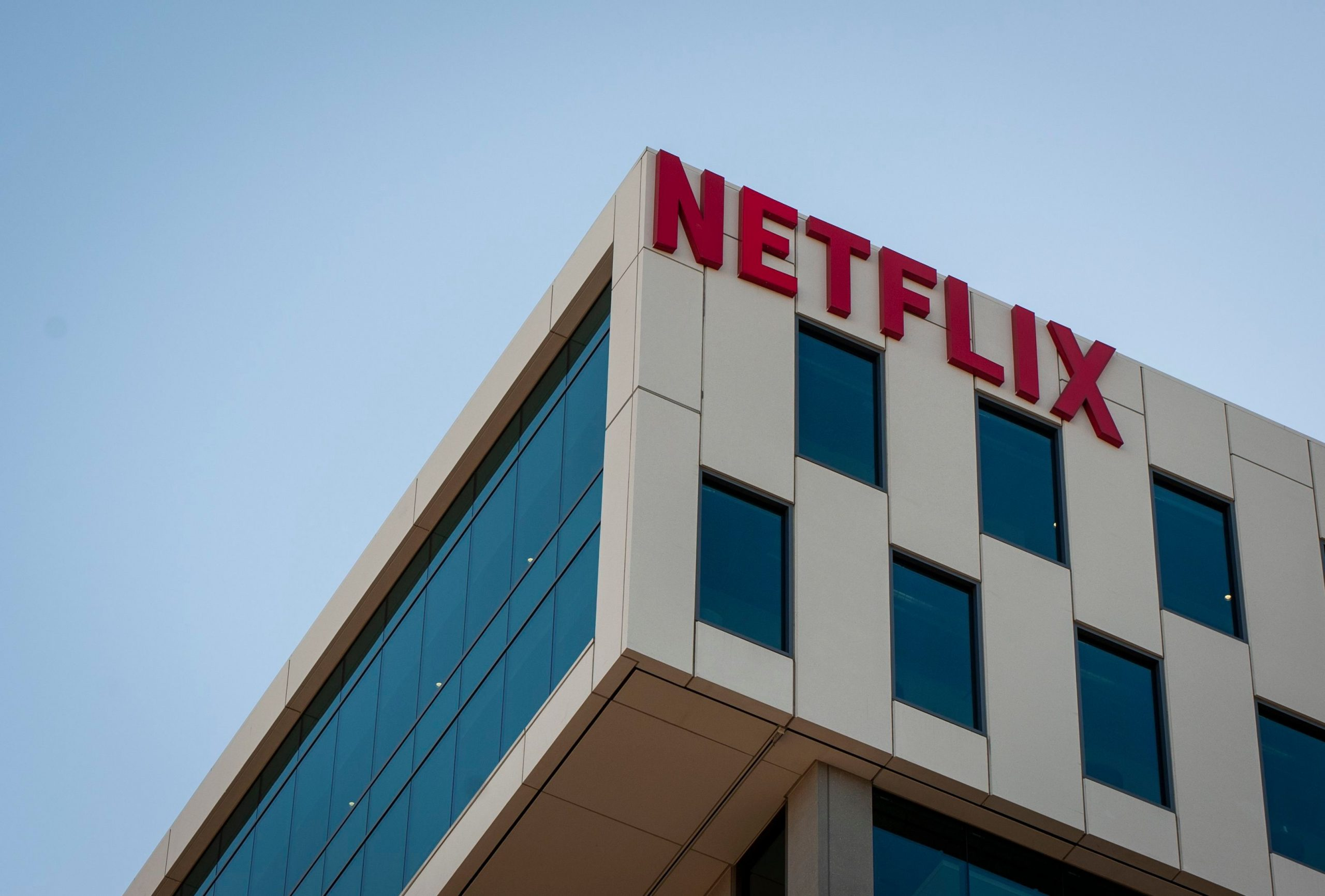 Netflix Ends 30-day Free Trial as it Closes on 200 Million Subscribers